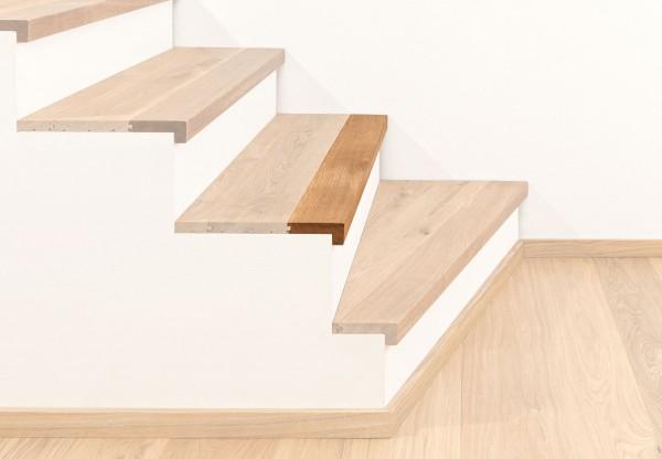 Treppenkantenprofil massiv 100 mit Abschluss - 38023